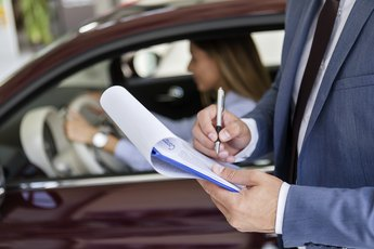 Differences Between Leased and Rented Vehicles