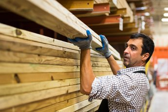 How to Get Cheap Lumber