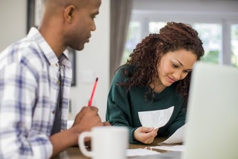 How Should Married Couples Fill Out a W-4?