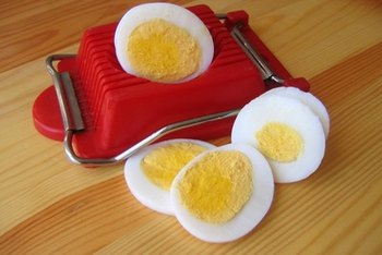 Eggs contain a mixture of protein, carbohydrates and fats.