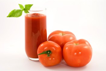 Look for low-sodium varieties of tomato juice to bring the sodium levels down significantly.