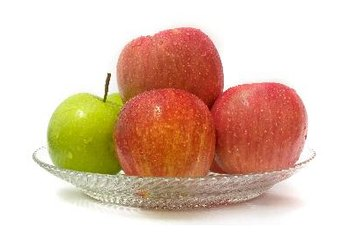 Apples make for a crunchy, healthy snack that is free of gluten and dairy.