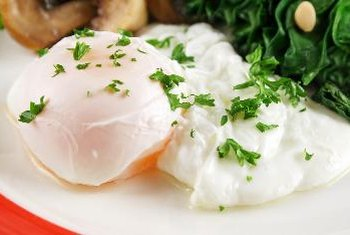 Eggs provide complete protein and vitamin A.