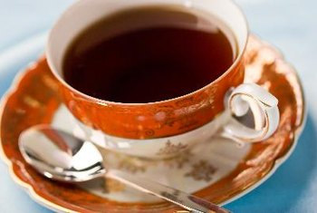English breakfast tea has strong flavor and contains several potentially beneficial phytochemicals.