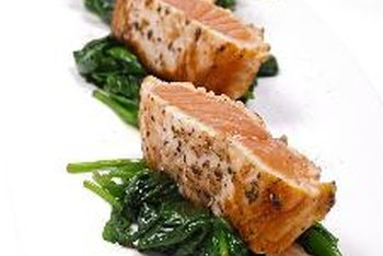 The flavor of spinach accents the salmon, creating contrast.