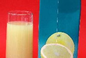 Almost all of the calories in white grapefruit juice come from carbohydrates.