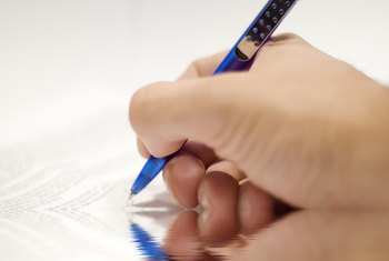 A handwritten warranty deed must use clear print to avoid misinterpretation.