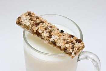 "A glass of milk may actually have more protein than some ""protein bars."""