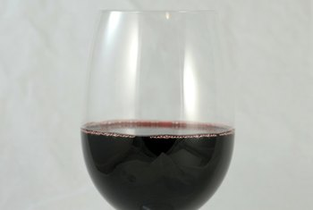 A glass of red wine contains 125 calories.