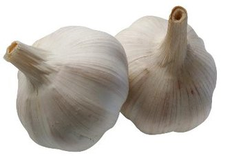 Garlic offers natural anti-Candida benefits.