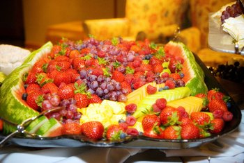 A fruit tray is a healthy and low-calorie option to pair with wine.