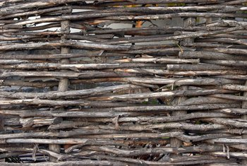 Build a wattle fence for your garden