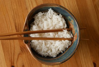 Steamed rice is a good fat-free side available at Thai restaurants.