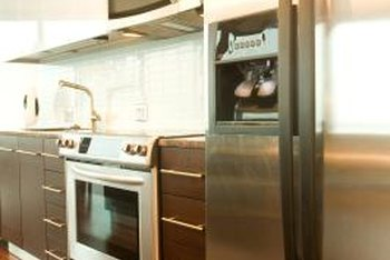 Many homes have kitchen appliances with a common, matching finish.