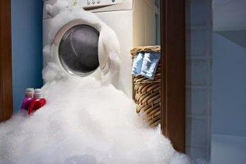 Foam is good for cleaning dishes, but not for washing clothes.