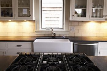 Tips on Hiding Wires for Under Cabinet Lighting | Home ...