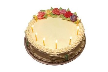 Small, molded sugar decorations add elegance to cakes and cupcakes.