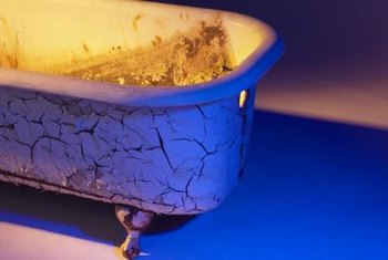 Even An Old Rusty Bathtub In This Condition Can Be Saved