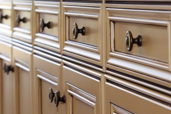 Merveilleux Match The Decorative Details And Hardware On Old And New Cabinets To Tie  The Look Together