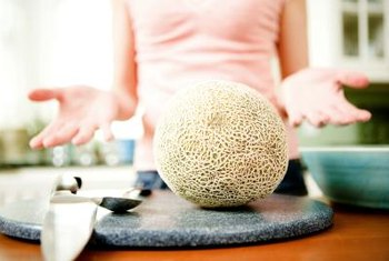 Keep your hands clean growing cantalope with aquaponics.