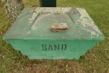 How to Flatten Lawn Sand | Home Guides | SF Gate