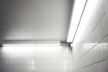 Once viewed only as a subway station feature, glass and ceramic subway tiles have become popular for use in home decor.