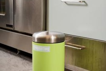 Regular Lidded Trash Cans Can Be Used As Compost Bins Long Air