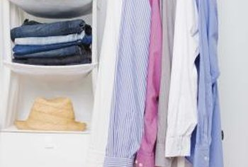 Arrange a bedroom with optimal organization.