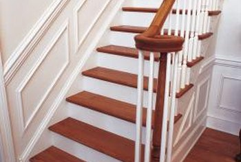 Wainscoting follows the angle of the skirt board.