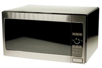 More than 90 percent of U.S. households have at least one microwave, reports the U.S. Department of Agriculture.