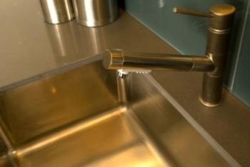 How To Protect Your Stainless Sink Rinse And Dry After Using It