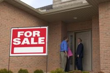 Short sale disclosures warn the buyer that the lender must approve the deal.