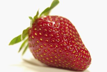 Enjoy fresh strawberries even in a small space.