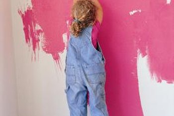 Pink walls, especially with glitter added, can make your daughter feel like a fairy princess.
