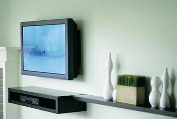 Is It Possible To Mount A Flat Screen Tv On Wood Paneling