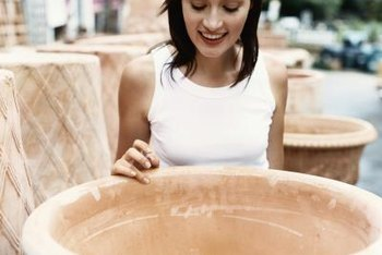 Ceramic pots come in a variety of sizes to fit your space requirements.