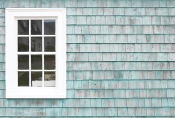Go Colonial Or Contemporary When Decorating Windows