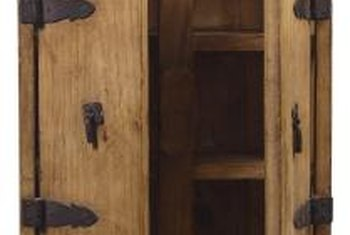 How To Resurface Oak Cabinets. Oak Works Well For Rustic Decor.