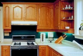 Compatible Counter And Flooring Choices Can Make Maple Cabinets Shine In  Any Kitchen Decor.