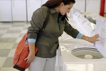 Both styles of washing machine will get your clothes clean.