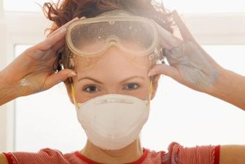 Goggles, face masks and work gloves are important protection when using spray foam.