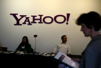 Yahoo Small Business offers budget-conscious Web hosting.