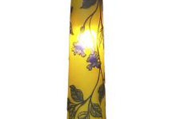 Brush strokes are key to identifying hand-painting on lamps.