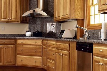 Hickory Runs On The High End Of Spectrum For Kitchen Cabinets