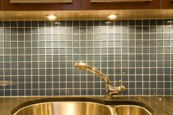 Amazing Over The Sink Lighting Ideas Home Guides Sf Gate Home Remodeling Inspirations Genioncuboardxyz