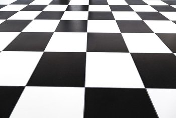 Black And White Checkerboard Tile Provides A Clean Crisp Earance To Kitchen Floor