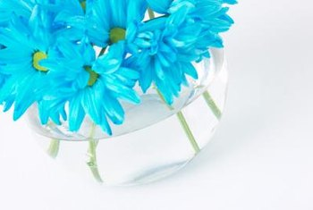 Place cut flowers in water as soon as possible after cutting.