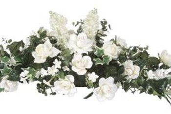 In this wedding bouquet, Stephanotis flowers form the points on either end.
