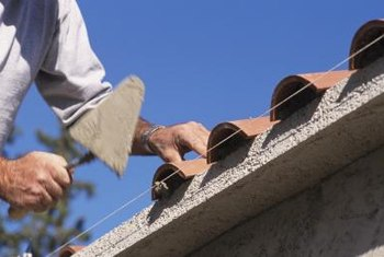 California roofing contractors must be licensed.