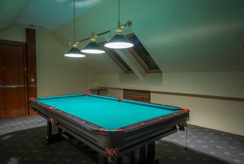 Lights Above The Pool Table Vary Based On Personal Preference Or WPA  Guidelines.